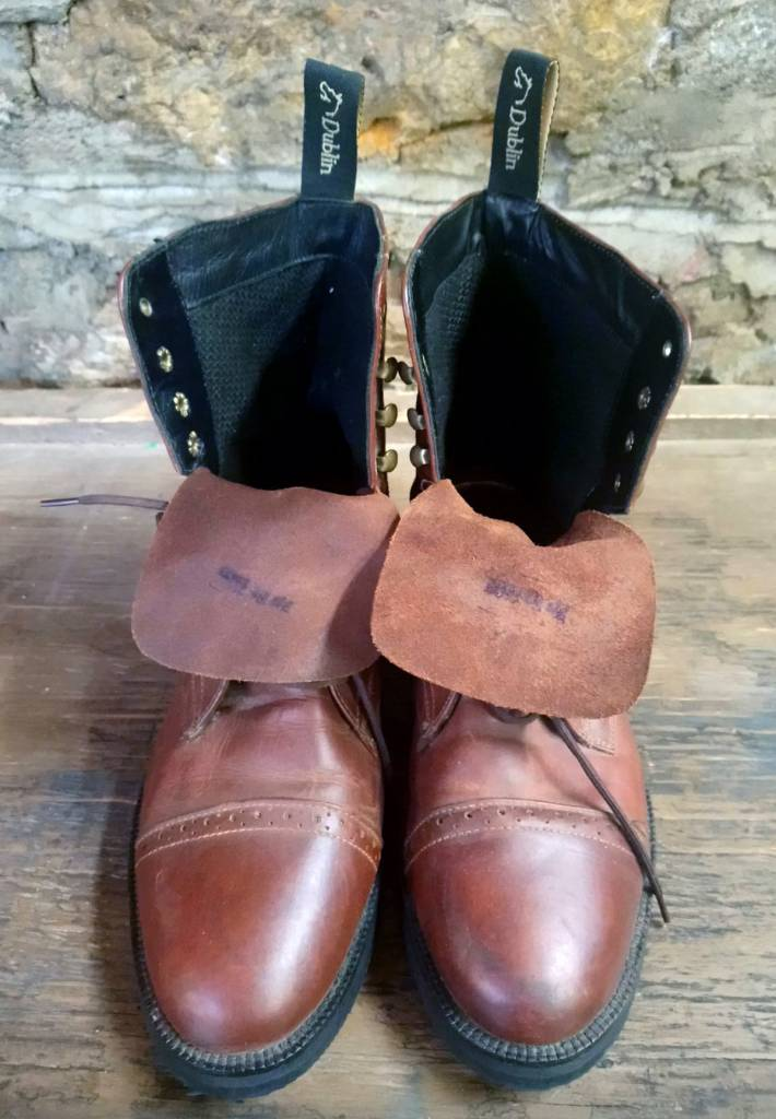 Size 10 Women's Dublin Leather Lace Up Boots