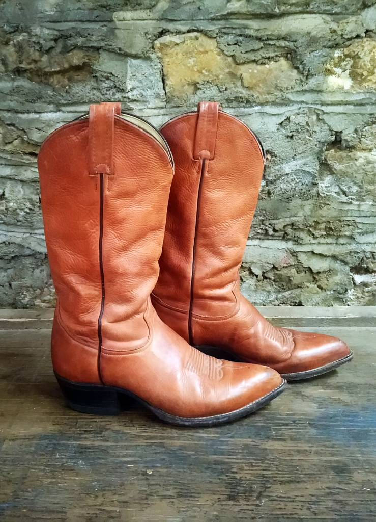 16772544011 Size 8.5 Tony Lama Brown Boots