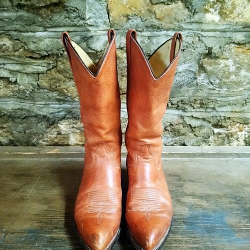 Size 8.5 Tony Lama Brown Boots