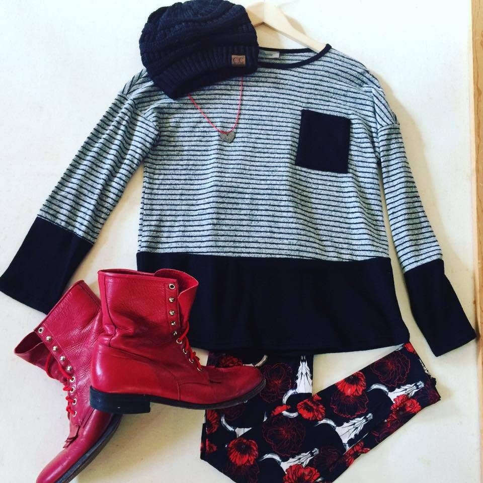 Sweet Outfit : Rose Bull Leggings + Vintage Red Boots