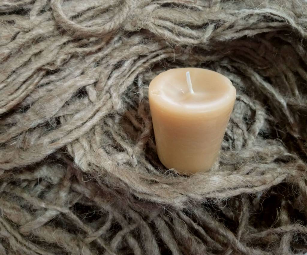 Roll in the Hay Votive Candle