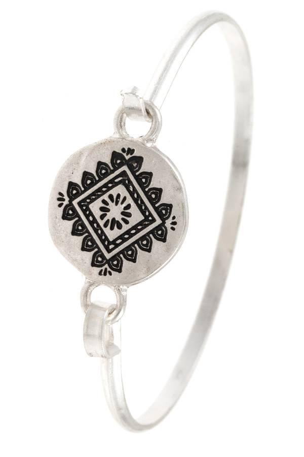 Etched Diamond Silver Bangle Bracelet