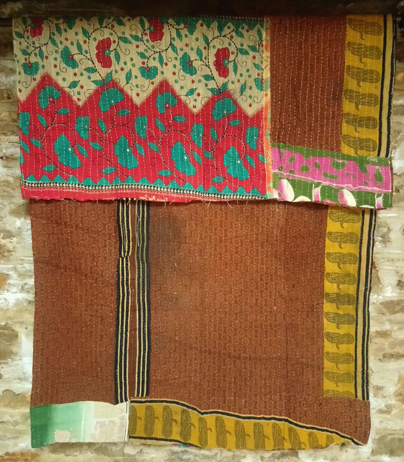 Kantha Sari Throw #34