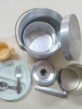 Vintage Aluminum Mess Kit