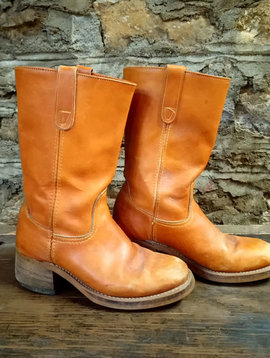 Size 9 Vintage Burnt Orange Leather Boots