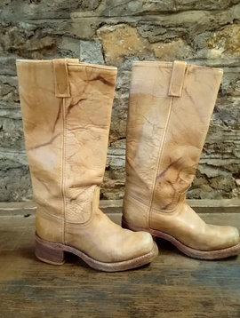 Size 4.5 Tan Vintage Boots