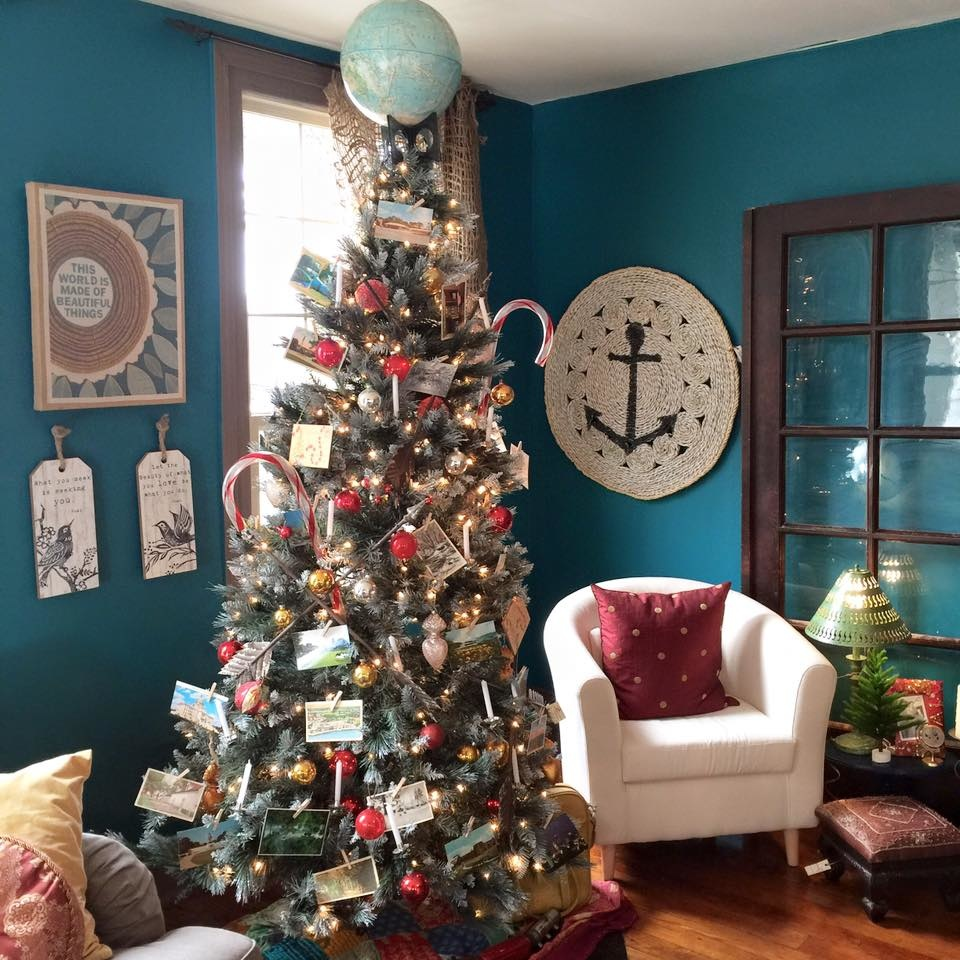Vintage Rustic Christmas Decorating