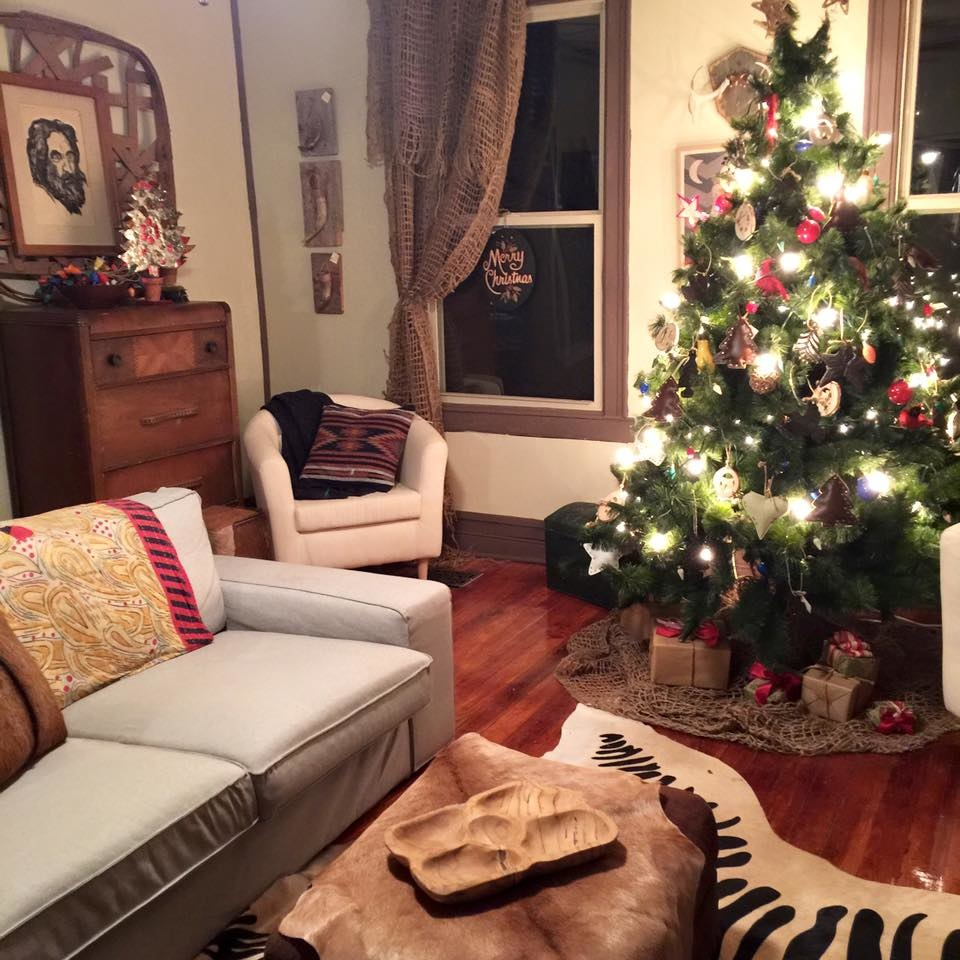 Vintage Rustic Christmas Decorating