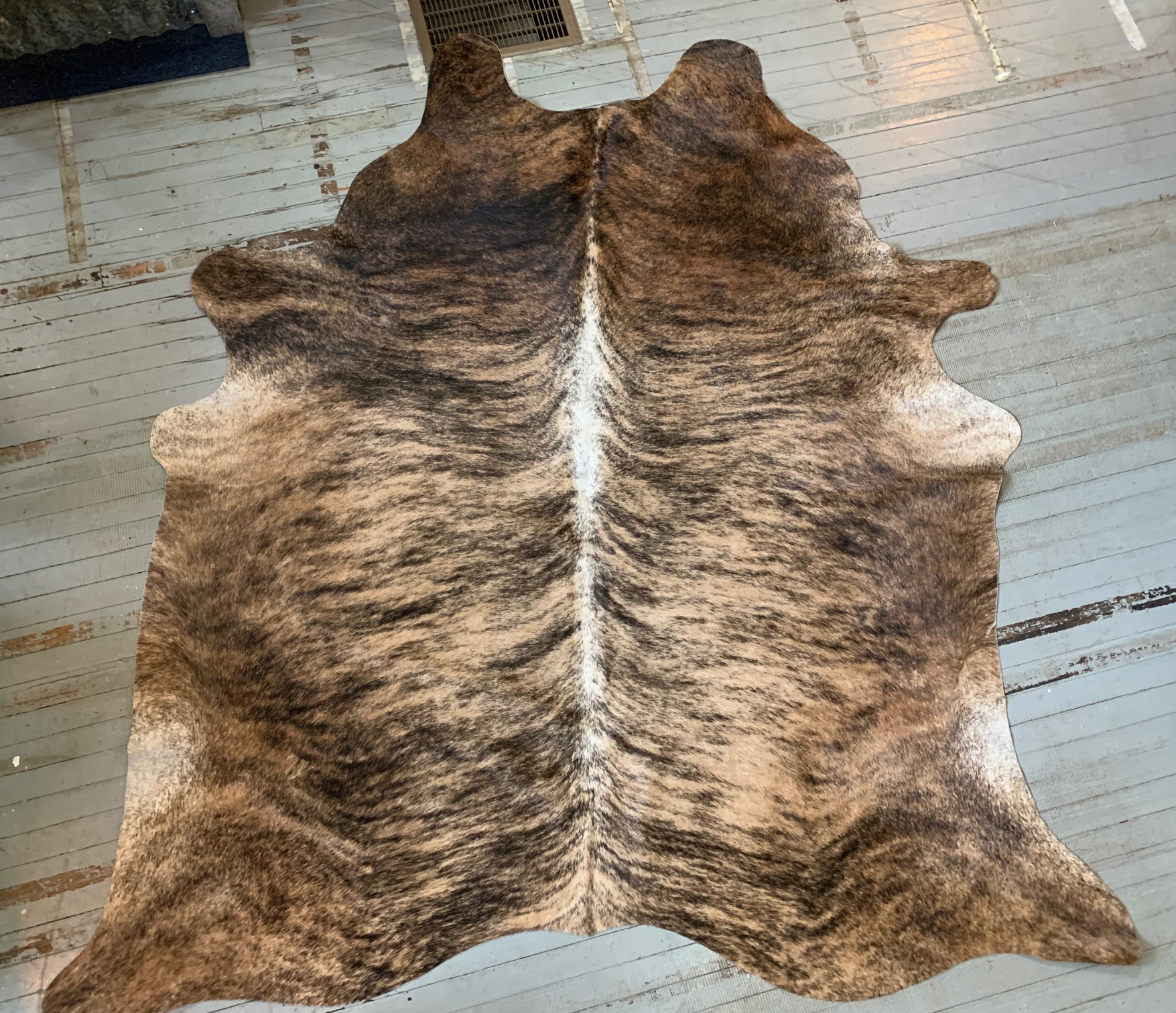 Blonde + Brown Brindle Cowhide 2558