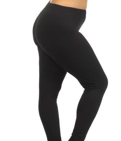CURVY PLUS Solid Black Legging