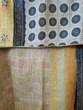 Kantha Sari Throw #375