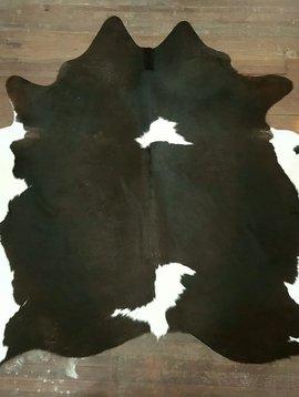Dark Brown & White Cowhide Rug 0004