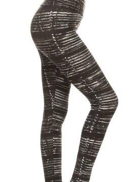 CURVY Black n White Static Yoga Legging