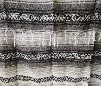 Black + White + Gray Falsa Blanket