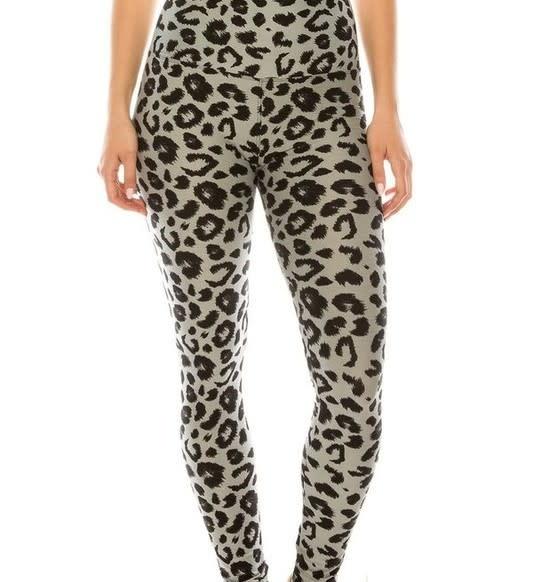 Black & Gray Leopard Print Yoga Legging