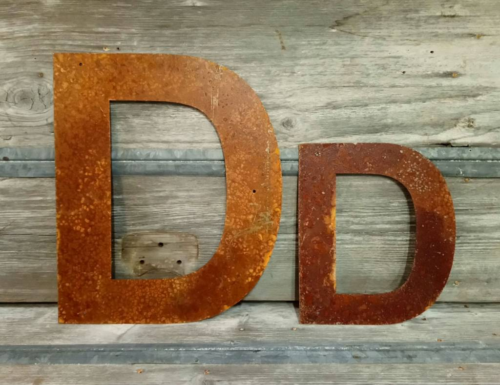 """Rusted Metal Letter D 12"""""""