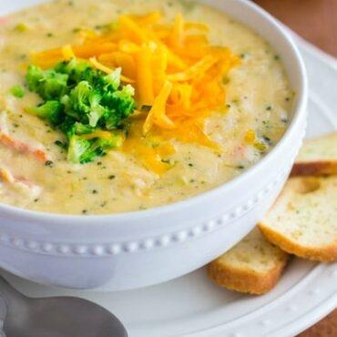 Peak Eats PeakEats Broccoli Cheddar Soup