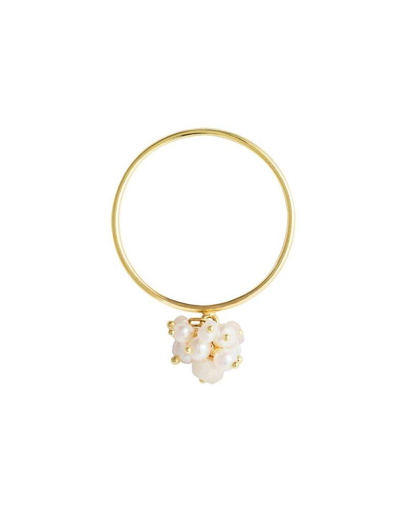 Sweet Pea Pearl Cluster Ring
