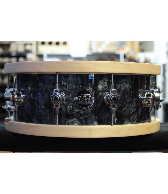 DW Used DW Performance 5.5x14 Snare Drum in Black Diamond w/ Wood Hoops
