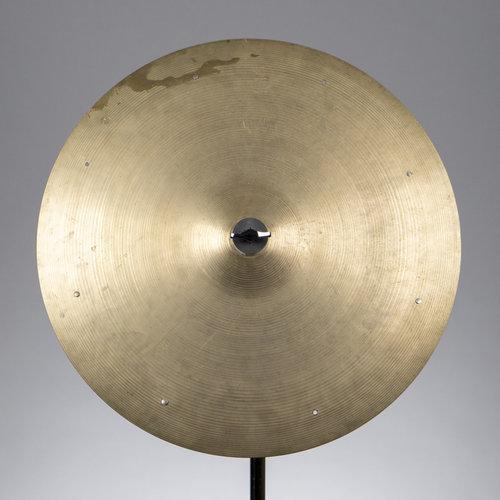 """Zildjian Vintage Zildjian 1970s 18"""" Sizzle Cymbal (1757g)"""