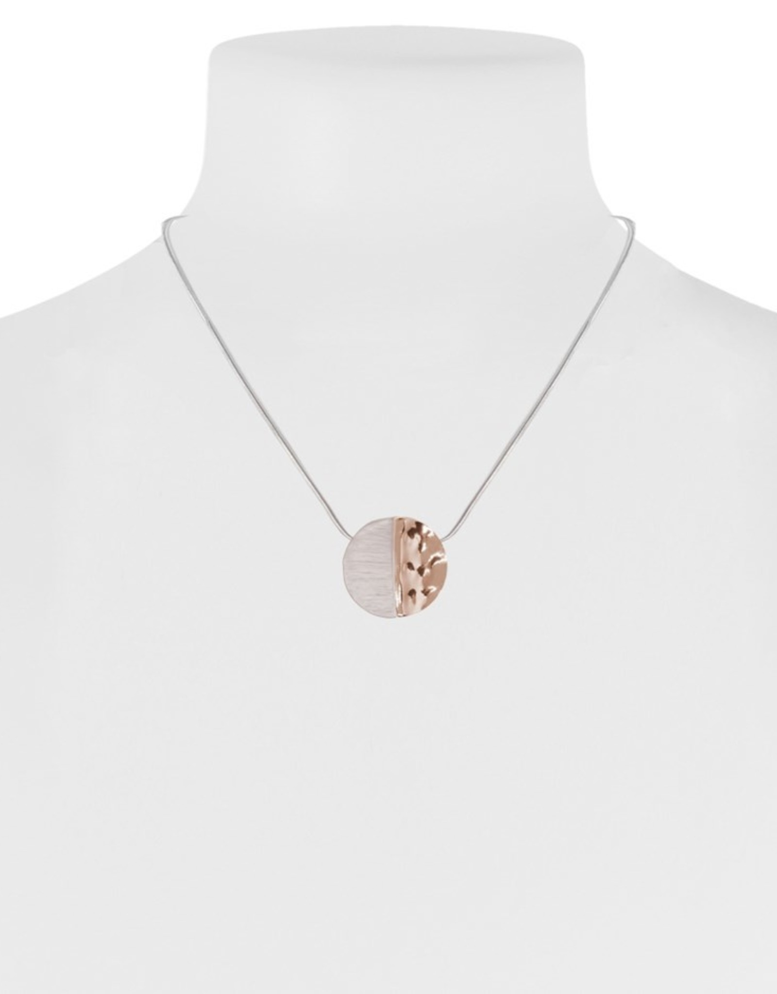Collier médaillon rose et or rose