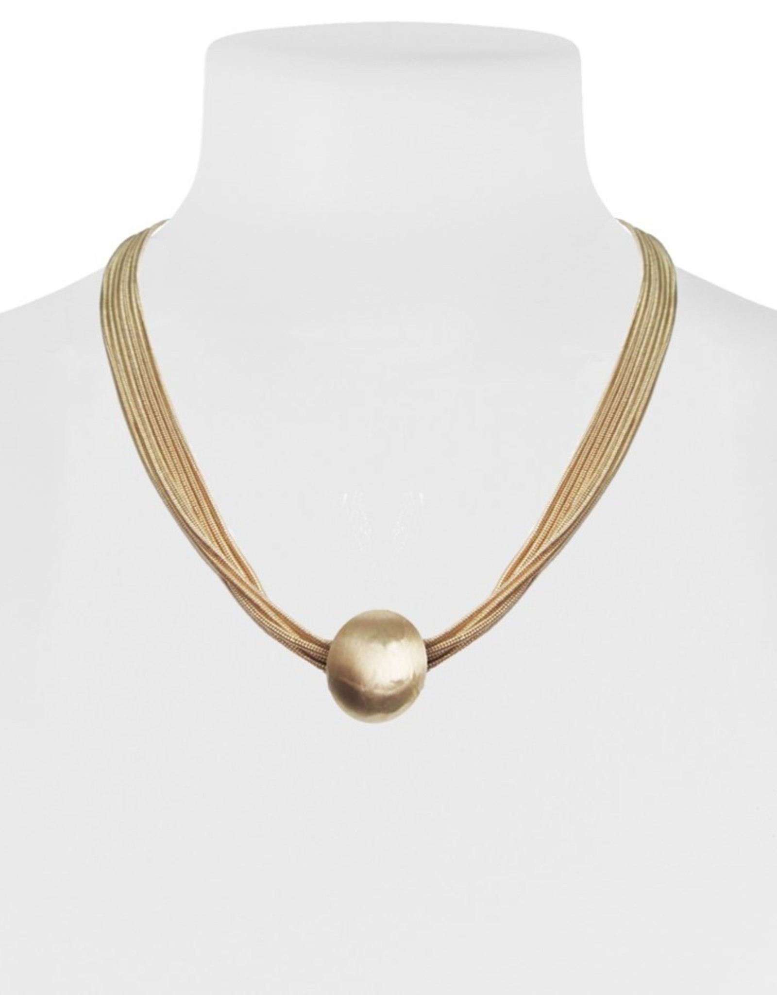 Chain Necklace with a Brushed Metal Pendant-gold