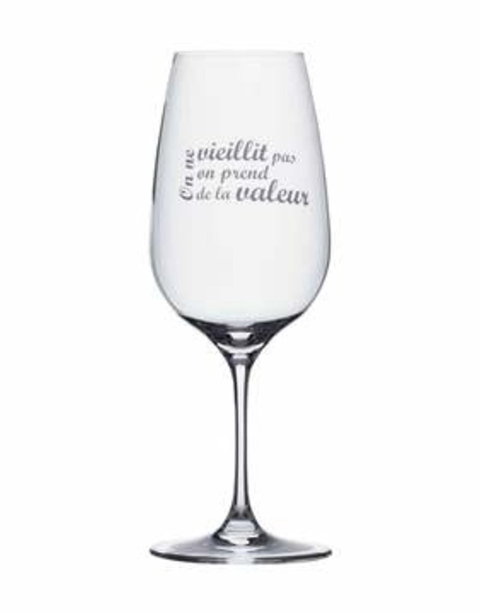 Wine Glass On ne vieillit pas
