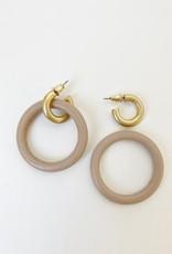 Anneau de bois sur anneau métallique  au fini usé-rose/or