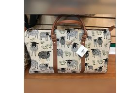 Purse: Tapestry Big Holdall White Sheep