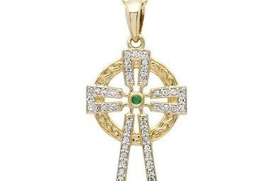 Pendant: 14k Diamond Cross .25