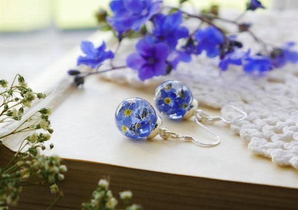 Earrings: SS Forget Me Nots