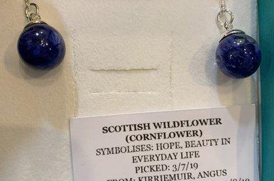 Earrings: SS White Wildflower