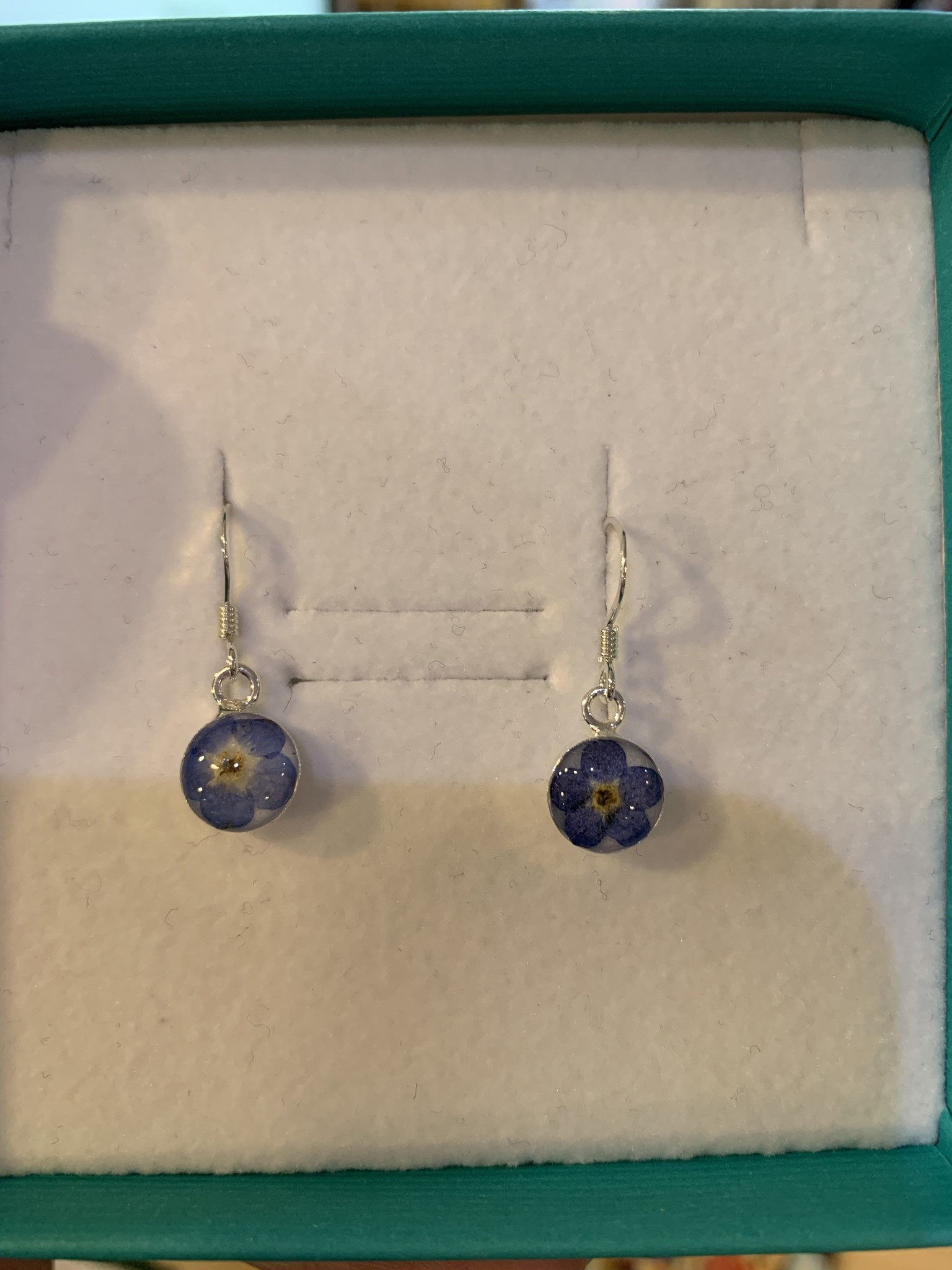 Earring: SS Dangle Forget Me Knot Flat