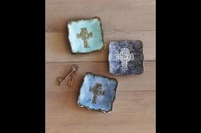 Dish: Trinket, Celtic Cross