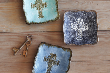 Dish: Trinket, Celtic Cross