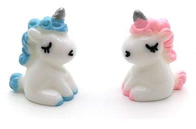 Charm: Unicorn Figurine, Handpainted Miniature