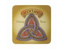 Clara Coasters: Scottish Trinity Knot