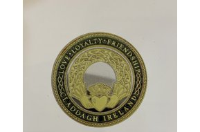 Charm: Collectors Coin Claddagh