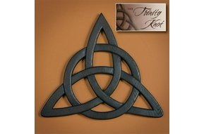 Wall Hanging: Trinity Knot