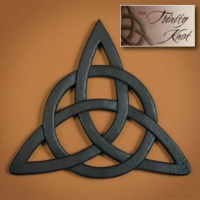 Wall Hanging: Trinity Knot
