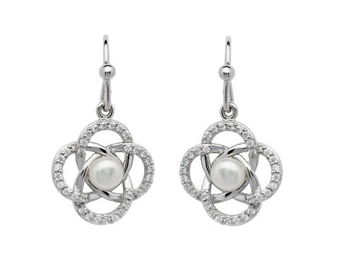 Shanore Earrings: Knot Pearl