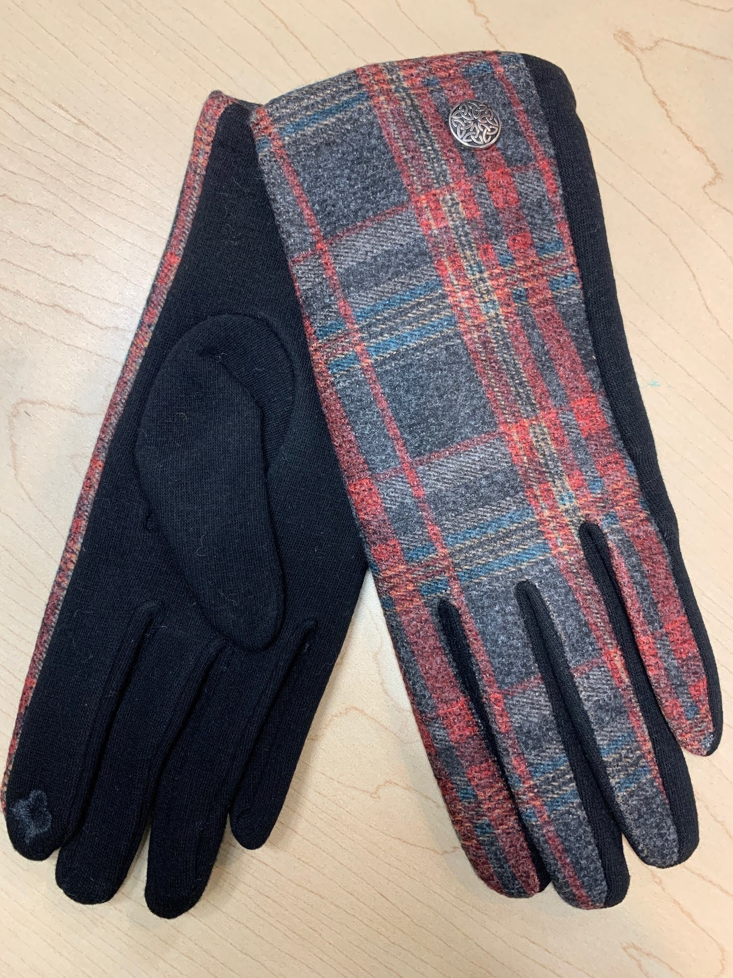 Gloves: Blk/Red/Grey