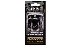 Guinness: Embossed Magnet, Pints
