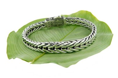 Bracelet: Sterling Dragon Weave, Graduated Eternity