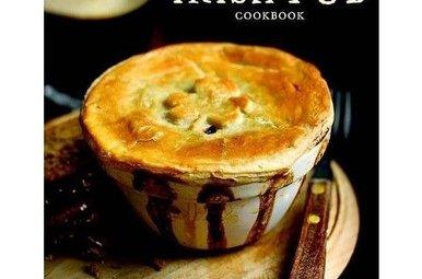 Book: The Complete Irish Pub Cookbook, Hardcover