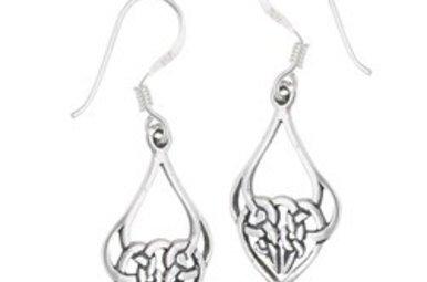 Earring: SS Knot Heart