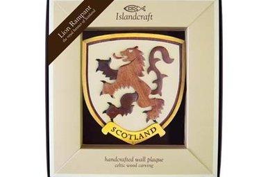Plaque: Wood Rampant Lion
