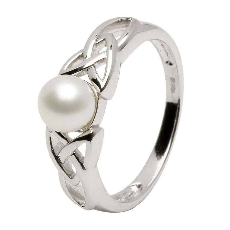 Shanore Ring: Trinity Pearl Ring