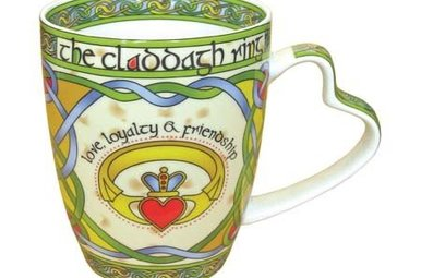 Mug: Claddagh Ring