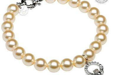 Bracelet: SS Claddagah White Swarovski